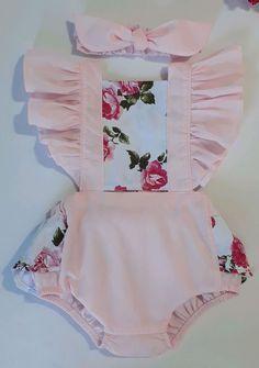 Kids Summer Dresses, Dresses Kids Girl, Little Girl Outfits, Kids Outfits, Baby Girl Romper, Cute Baby Girl, Baby Girl Fashion, Kids Fashion, Baby Doll Nursery