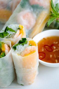 Vietnamese Spring Rolls with Prawns and Mango