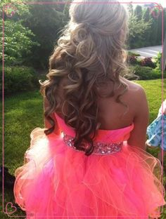 Prom Hairstyles & Prom Outfits For Girls |