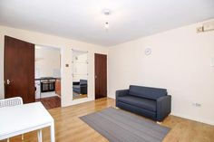 Studio to rent - Iselworth, Middlesex, Rent Studio, Rent In London, Floor Chair, Flooring, Furniture, Home Decor, Decoration Home, Room Decor, Hardwood Floor