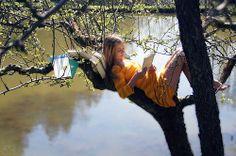 tree. reading.