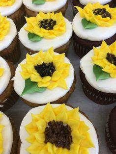 7 Best Cupcakes Images Cupcakes Beaverton Bakery Bakery