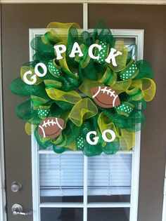 Green Bay Packers wreath for my parents...mom you need to make this & represent!!!