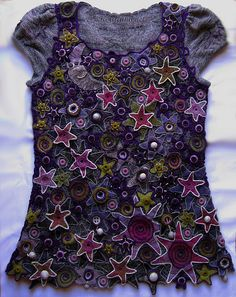 Ravelry: LenaStat's Stars ::: Looks like a starry starry night. Love the colors and the design. Lorr