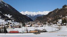 Bijna één jaar geleden. GE 6/6 II 705 van de Rhätische Bahn is met een korte goederentrein onderweg van Chur Guterbahnhof naar Samedan. Het zwaarste deel van de Albulaspoorlijn staat voor de boeg. 15 februari 2017. #rhätischebahn #rhaetischebahn #bergün #bravougn #graubünden #sneeuw #winterwonderland #winter #winterzon #zwitserland #zwitserland🇨🇭 #schweiz #switzerland #switzerlandpictures #eisenbahnfotografie #railaway #railway #railroad #bahn #eisenbahnbilder #treinfoto… Arno, Winter Wonderland, Mount Everest, Mountains, Nature, Travel, Outdoor, Instagram, Railroad Pictures