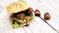 Wild Burger Wildschweinburger mit Preiselbeersauce und Backpflaumen