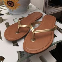 Banana Republic flip flops Latest condition. Cute sandals - dress them up or wear them for a more casual look. Banana Republic Shoes Slippers