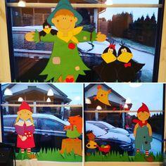 Tak wyglądała nasza ubiegłoroczna jesienna dekoracja okienna!   A czy Wy już rozpoczęliście przygotowania do nowego roku szkolnego?  #dekoracja #ozdoba #decoration #dekoracjaokienna #windowdecoration #dekoracjajesienna #autumndecoration #okno #window #jesień #autumn #przedszkole #preschool #kindergarten #nurseryschool #diy #zróbtosam #handmade #craft #crafts #papercraft #papercrafts #lubietworzyc Teak, Pikachu, Fictional Characters, Instagram, Diy, Children Garden, Bricolage, Do It Yourself, Fantasy Characters