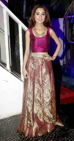 Small screen beauties Deepika Singh, Pooja Gaur, Krystle D Souza, Barkha Bisht Sengupta, Nia Sharma and a host of popular television celebs were in attendance at the unveiling of Telly Calendar 2015 Brocade Lehenga, Brocade Dresses, Brocade Fabric, Ethnic Outfits, Indian Outfits, Beautiful Dresses, Nice Dresses, Saree Dress, Dress Skirt
