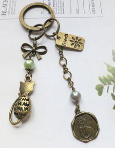 Vintage Bronze Cat Friendship Keychain by AccessoriesG on Etsy, $2.80
