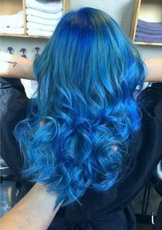 teal blue and dark blue ombre hair