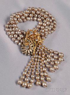Vintage Imitation Baroque Pearl Tassel Bracelet, Miriam Haskell, designed as… Pearl Jewelry, Antique Jewelry, Jewelery, Vintage Jewelry, Fine Jewelry, Yoga Jewelry, Hippie Jewelry, Tribal Jewelry, Silver Jewelry