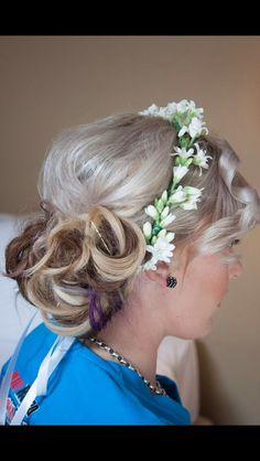 Bridal hair Bridesmaid hair Wedding hair
