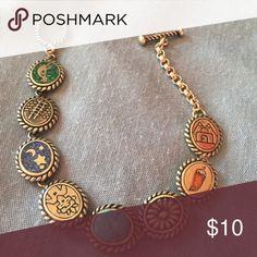 """Jewelry Silver, 925, bracelet. 7"""". Has turquoise center stone. Jewelry Bracelets"""