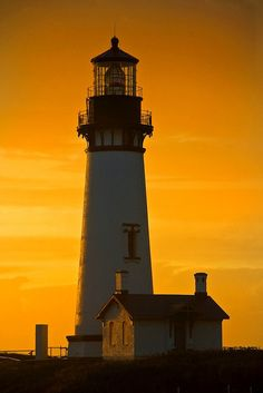 Yaquina Head Lighthouse,Oregon by john.blake89, via Flickr