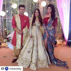 "beautiful outfits for bride…"" Wedding Lehnga, Bridal Lehenga, Lehenga Choli, Sari, Indian Bridal Makeup, Indian Bridal Wear, Indian Wear, Pakistani Dresses, Indian Dresses"