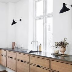 Dark, light, oak, maple, cherry cabinetry and painting wood kitchen cabinets gray. CHECK THE IMAGE for Many Wood Kitchen Cabinets. Home Decor Kitchen, Interior Design Kitchen, Kitchen Furniture, Home Kitchens, Luxury Kitchens, Kitchen Designs, Decorating Kitchen, Contemporary Interior, Modern Kitchens