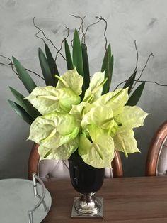 Antúrios pra que te quero.  #floresartificiais www.euquedecoro.com.br