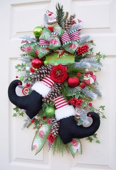 Cute wreath idea!