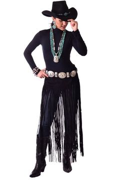 Black Suede belt has long fringe approx. long and is hand cut and hand made. This belt is an essential addition to your Sexy Western Wear. Looks great with Western boots. It closes in the front with Velcro. Black Cowgirl, Sexy Cowgirl, Cowgirl Chic, Cowgirl Style, Gypsy Cowgirl, Western Outfits Women, Western Wear For Women, Country Outfits, Country Girls