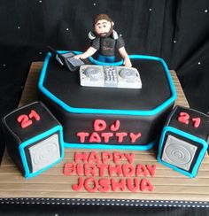 dj cake on Pinterest Turntable Music Cakes and Headphones
