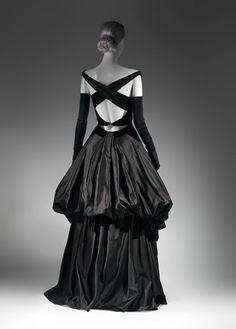 Charles James evening dress ~ (1948)