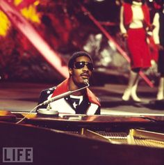 """Wednesday is Stevie Wonder's birthday, but his most important day of the year came in February. That's when all of music's biggest stars serenaded him at """"Stevie Wonder: Songs in the Key of Life — An All-Star Grammy Salute. Make Mine Music, Good Music, My Music, Soul Singers, R&b Soul, Great Albums, Stevie Wonder, My Little Baby, Popular Music"""