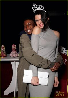 Kendall Jenner is totally the queen of everything while posing for the cutest pics with her BFF Shamari Maurice at the Just Jared Homecoming Dance on Thursday (November 20) at the El Rey Theatre in Los Angeles.