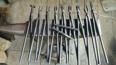 Blacksmith tongs set Forging Tongs, Blacksmithing Knives, Blacksmith Tongs, Homemade Tools, Knives And Swords, Thongs, Welding, Wrought Iron, Utensils