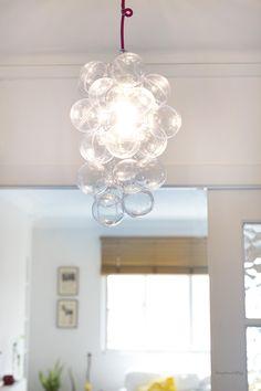 DIY lampara burbujas - Bubble Lamp Diy Interior, Interior Decorating, Bubble Lamp, Do It Yourself Regal, Diy Organisation, Cool Diy, Diy Tutorial, Reuse, Recycling
