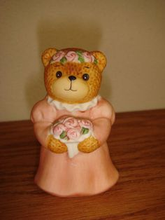 Enesco Lucy and Me Bear Figurine - Girl with Flowers Bridesmaid 1986 Lucy Rigg