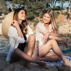 Indian Sun is the strategic art of contouring your hair with a sunkissed effect that sculpts your face. Each woman has her own Indian Sun - discover yours. Franck Provost, Hair Contouring, Colouring, Highlight, Hair Color, Goals, Indian, Sun, Couple Photos