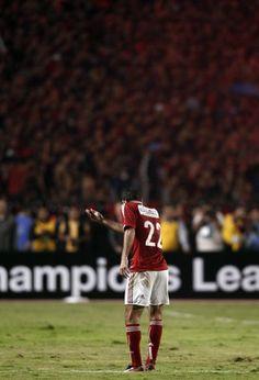 Mohamed Abou-Treika of Egypt's Ahly gestures to cheering fans. Abou-Treika is arguably Egypt's best-ever footballer. Football Design, Football Art, Football Players, Egypt Wallpaper, Al Ahly Sc, Mo Salah, Liverpool Fc, Neymar, Matcha