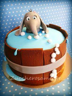 Zuccherosamente...: Torta con elefantino a mollo!