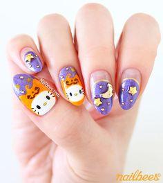 Hello Kitty Halloween Nail Art