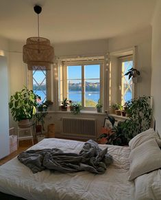 The perfect balance here- is this your room style YAY or NAY . Room Inspiration Bedroom, Home, Dream Apartment, Dream Rooms, Bedroom Decor, Aesthetic Rooms, House Interior, Aesthetic Bedroom, Apartment Decor