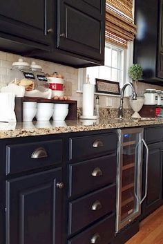 59 Marvelous Black Kitchen Cabinets Design Ideas - Page 26 of 61 Kitchen Cabinets Pictures, Black Kitchen Cabinets, Custom Kitchen Cabinets, Kitchen Cabinet Doors, Painting Kitchen Cabinets, Black Kitchens, Kitchen Paint, Kitchen Cupboard Designs, Rustic Kitchen Design
