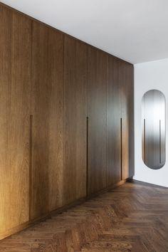 Bedroom Built In Wardrobe, Bedroom Closet Doors, Wardrobe Room, Bedroom Closet Design, Bedroom Furniture Design, Girl Bedroom Designs, Home Decor Furniture, Small Wardrobe, Sliding Door Wardrobe Designs
