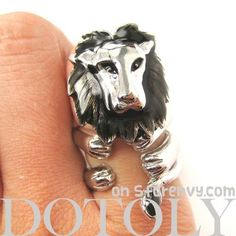 Adjustable Lion Animal Wrap Around Ring in Shiny Silver | DOTOLY