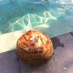 Coconut drinks by the pool at Villa del Palmar Loreto. #VDPLFam #villadelpalmarl // www.cupcakesandcutlery.com