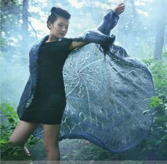 Shawl with sleeves - Kapok - rain and fog, mist and fog, looking flowers, flowers have been falling ......