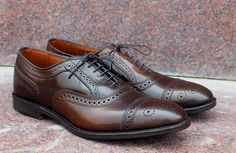 Handmade Men Brown Lace Up Brogue Shoes, Men's Leather Cap Toe Fashion shoes Women's Shoes, Only Shoes, Shoe Boots, Ankle Boots, Shoes Sneakers, Black Dress Shoes, Leather Dress Shoes, Mens Brown Leather Shoes, Cow Leather