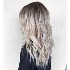 Blonde Balayage Discover 50 HOTTEST Balayage Hair Ideas to Try in 2020 - Hair Adviser Balayage hair will refresh your look and fix some flaws in the appearance. Find out what balayage highlights will suit your hair length type and texture. Ash Blonde Hair Balayage, Blonde Hair Looks, Balayage Highlights, Balayage Ombre, Dark Roots Blonde Hair Balayage, Platnium Blonde Ombre, Bayalage, Brassy Blonde, Bleach Blonde Hair With Roots