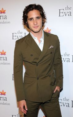 Diego Boneta :) Loved him in Rock of Ages!