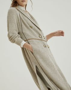 Cardigans for women – Lady Dress Designs Knitwear Fashion, Knit Fashion, Casual Skirt Outfits, Silk Material, Knit Jacket, Brunello Cucinelli, Ladies Dress Design, Cardigans For Women, Cashmere