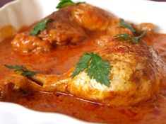 Chicken thighs with paprika and tomato cookismo recipes, healthy. Ciles and inventive Easy Healthy Recipes, New Recipes, Easy Meals, Cooking Recipes, Favorite Recipes, Chicken Legs, Chicken Thighs, Tasty, Yummy Food