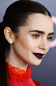 Photos of Beautiful and Amazing Lily Collins Beauty Makeup, Hair Makeup, Hair Beauty, Phil Collins, Famous Women, Woman Crush, Beautiful People, Hairstyle, Lady