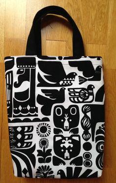 Handmade small canvas tote, Marimekko Kanteleen Kutsu upholstery fabric Finland #handmade #tote
