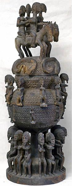 Exceptional Dogon medicine container (in three pieces), Mali