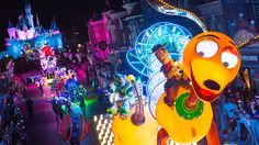 Discover all entertainment featured at Hong Kong Disneyland.